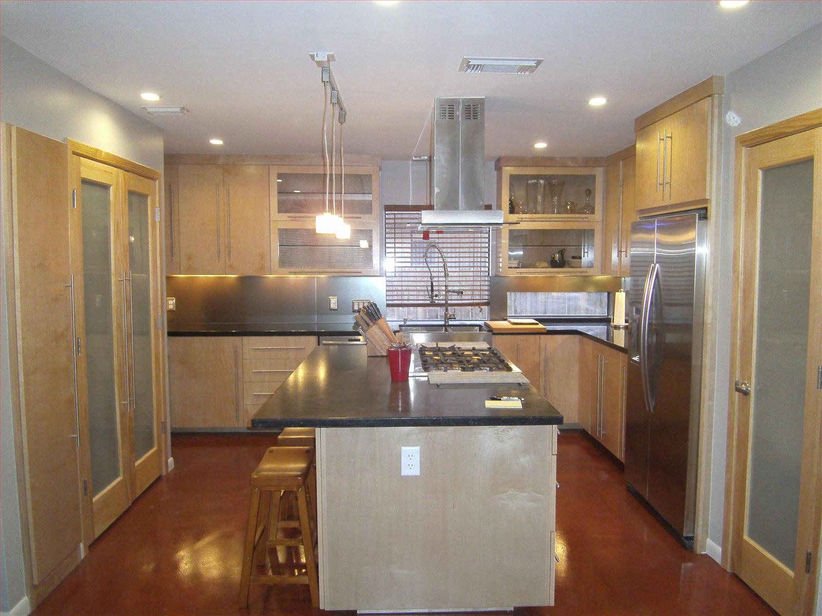 Kitchen Remodels Capmire